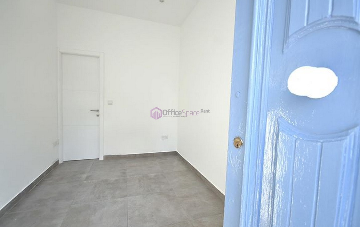 Small Office Gzira To Let Close to Sliema