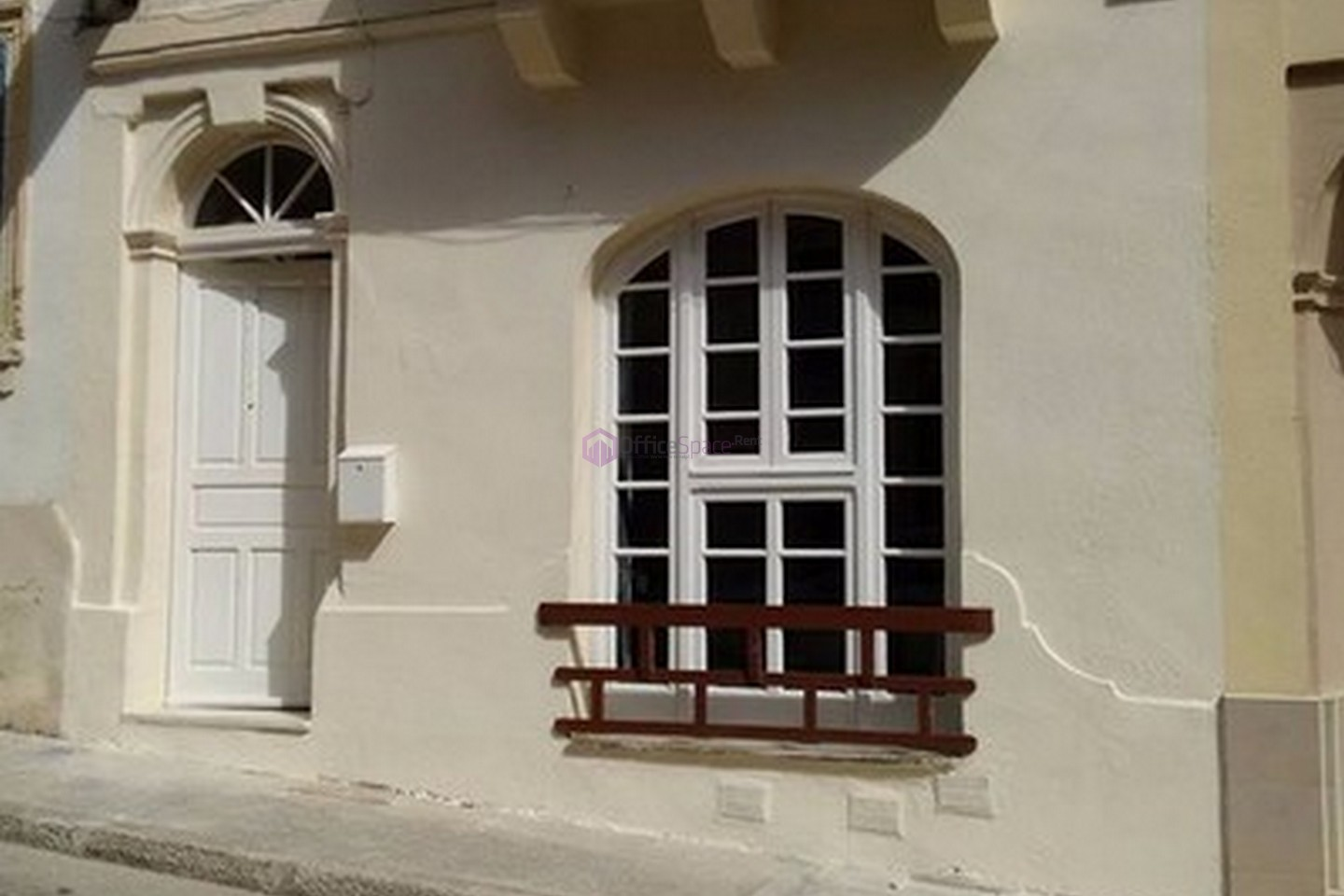 Small office Gzira For Renting