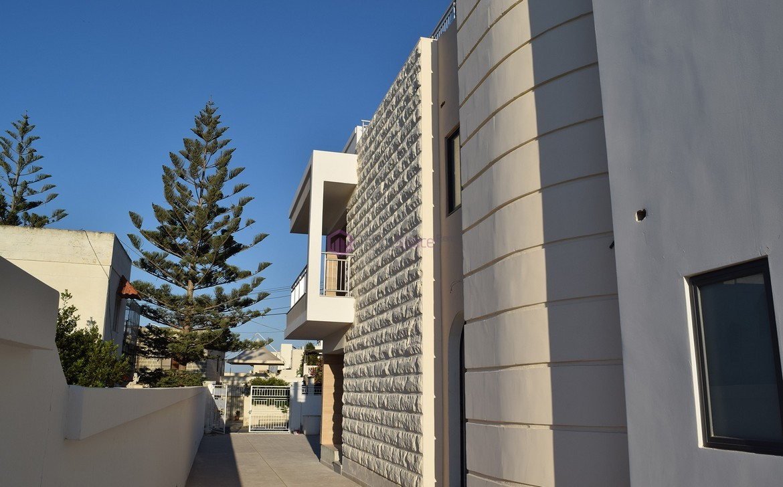 Buy Villa With Office Permits Malta