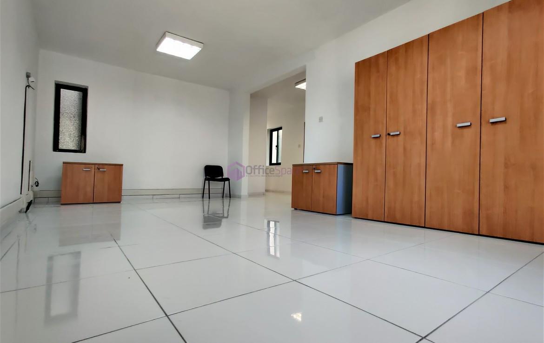 Office in San Gwann To let