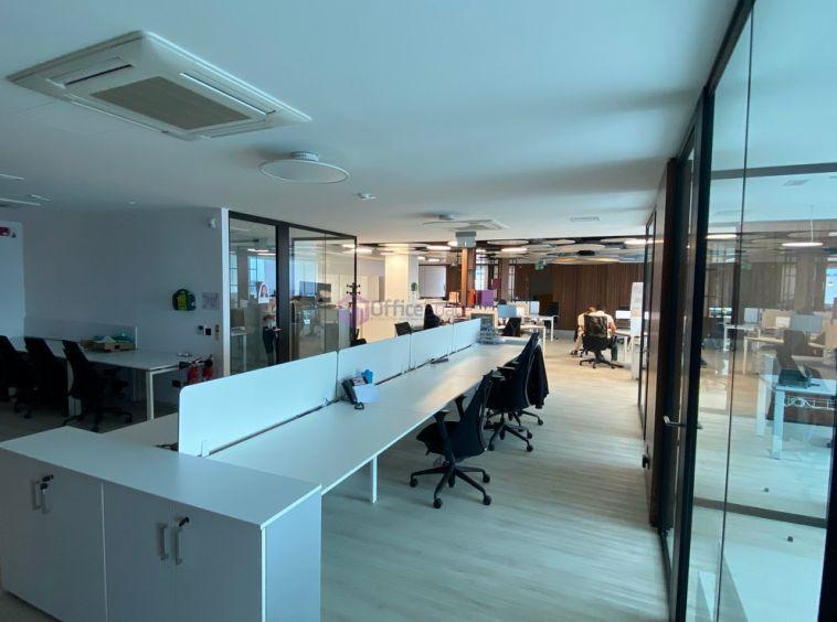 Designer Finished Penthouse Office To Let