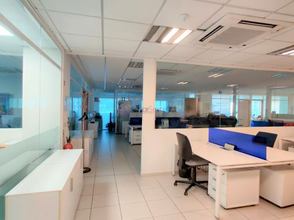Modern Penthouse Offices To Let