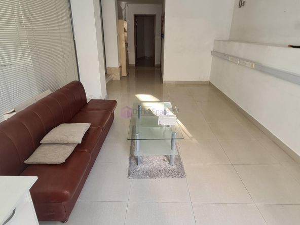 Commercial To Let in Gzira