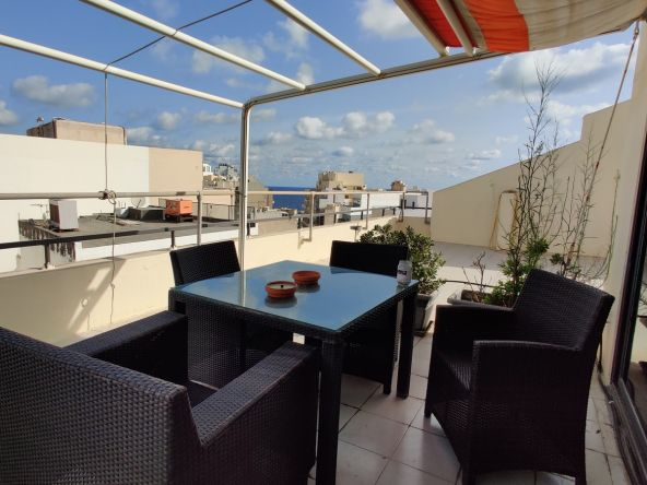 Penthouse Office to let in Sliema