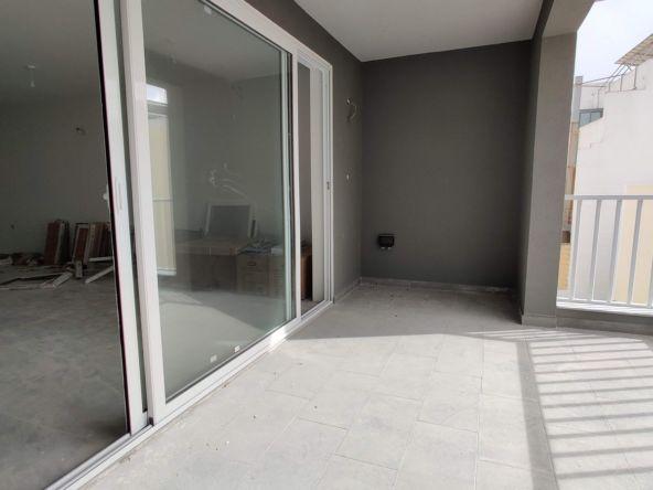135sqm Office in Mosta